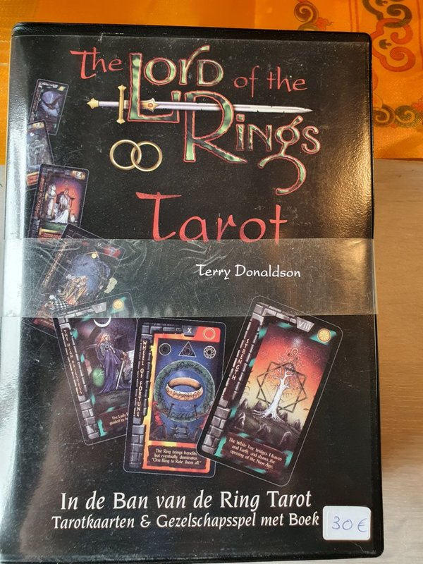 The lord of the ring Tarot